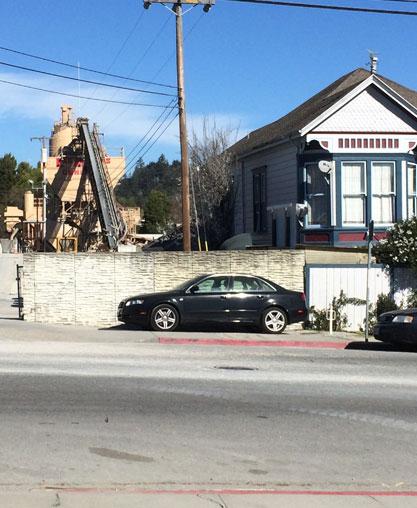 Residential next to industrial in Santa Cruz